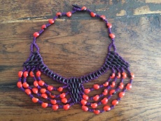Collier Type Plastron